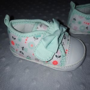 5/$20 Baby girl Child of Mine shoes 3 months